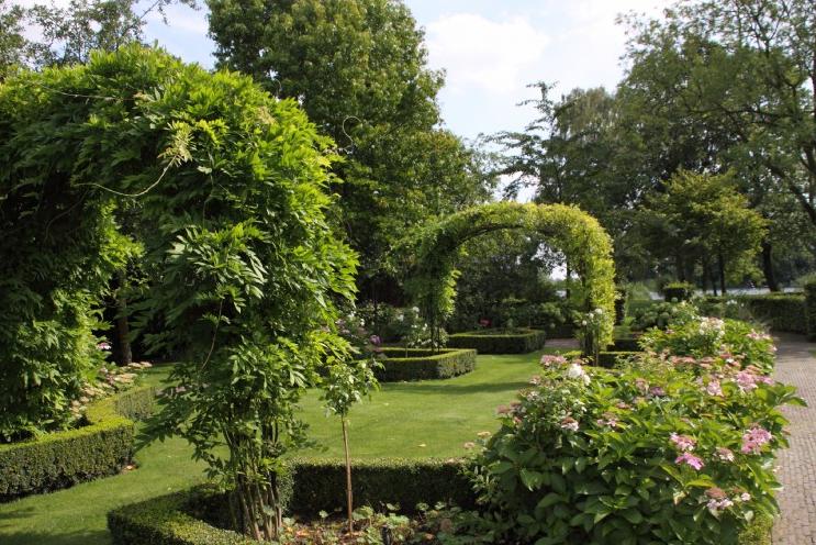 aangelegde tuin in vlaardingen